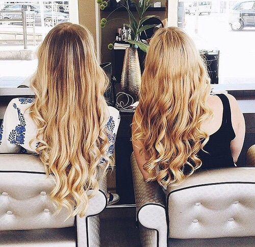 Image via We Heart It #bestfriends #blonde #blondehair #curlyhair #fashion #friendship #hair #hairstyle #tumblr #tumblrhair #tumblrgirl #friends