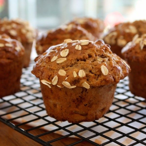 Healthy and Moist Banana Oat Muffins