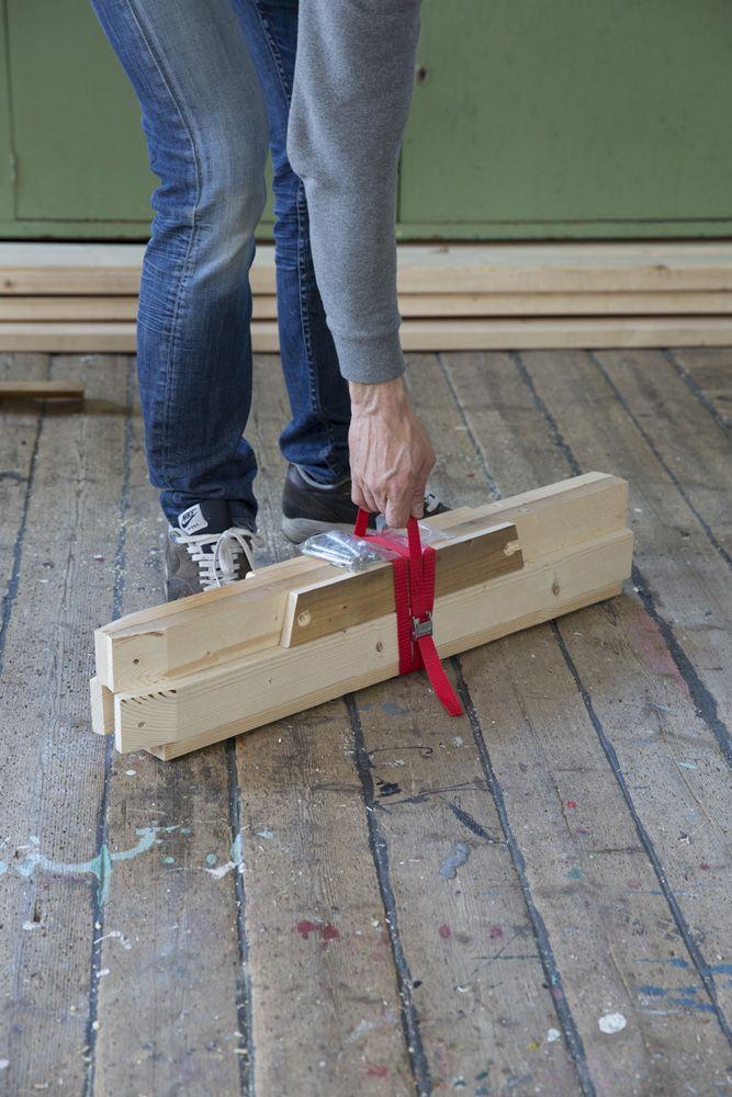Sammenleggbar sagbukk. Built by Eivind Stoud Platou Photo: Colin Eick From the book «Bygg selv – håndbok i hjemmesnekring av møbler», Kagge forlag (2016)