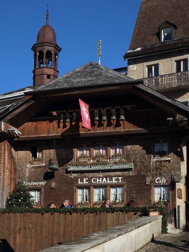 Chease specialties: fondue, raclette, soupe du chalet in Gruyère