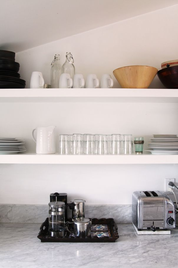 Style at Home with Heidi Merrick -photographed by Jessie WebsterKitchens Shelves, Kitchen Shelves, Open Shelves, Floating Shelves, Coffee Bar, Heidi Merrick, Glitter Guide, Open Kitchens, Jessie Webster