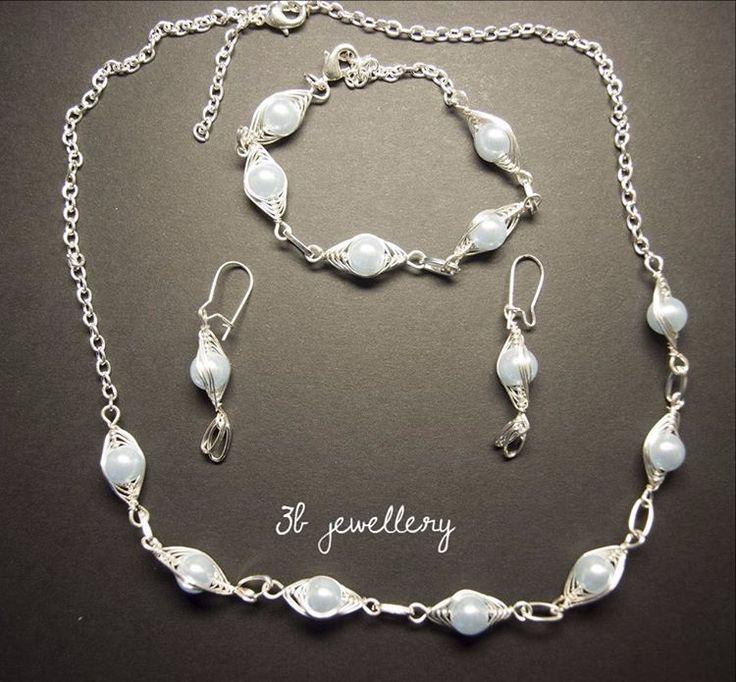 #light #blue #set of #necklace #bracelet and #earrings #3bjewellery #wirewrapping #beginner