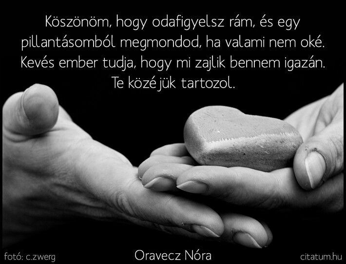A hét idézete augusztus első hetében Oravecz Nóra Tejszínhab nélkül c. könyvéből.