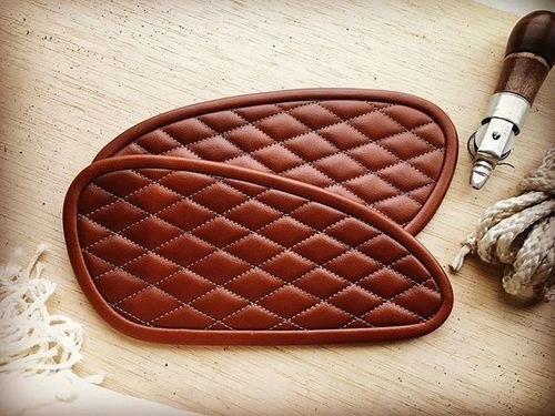 Leather tank pads in cognac brown... #leather#triumph#thruxton#seattlemoto#motoshed#classicmotorcycle#caferacer#caferacerxxx#caferacersofinstagram#