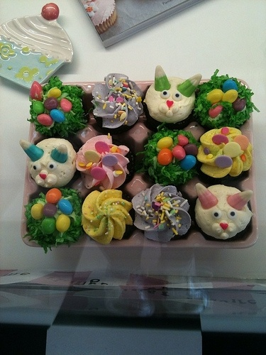 Easter cupcakes, I saw this product on TV and have already lost 24 pounds! http://weightpage222.com