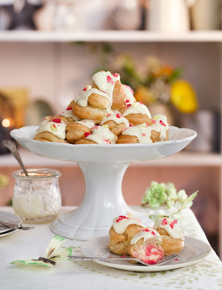 Add a twist on profiteroles with our rhubarb and custard profiterole tower. Top tip: use a star nozzle to pipe filling into the buns to prevent the rhubarb clogging the nozzle.