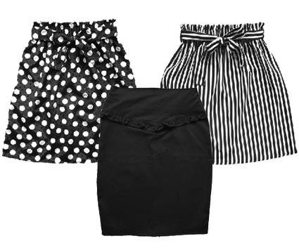 faldas de moda: negra de lunares blancas, una falda de rayas y una falda negra