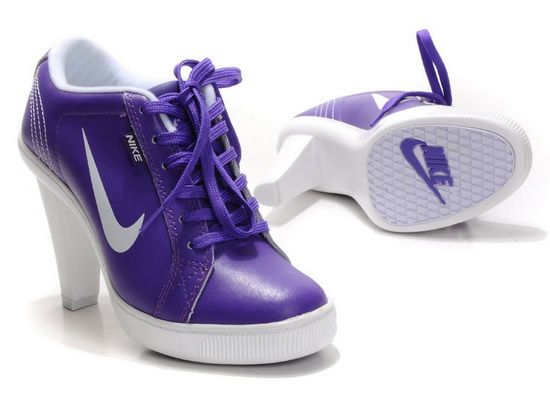 Those are tome tennis shoes I would wear!