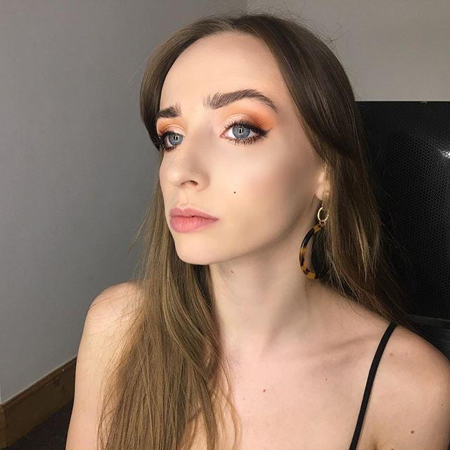 Friday night glam on @ember_arcady Vollständige Produktaufschlüsselung Skin: Environ Super M …   – makeup