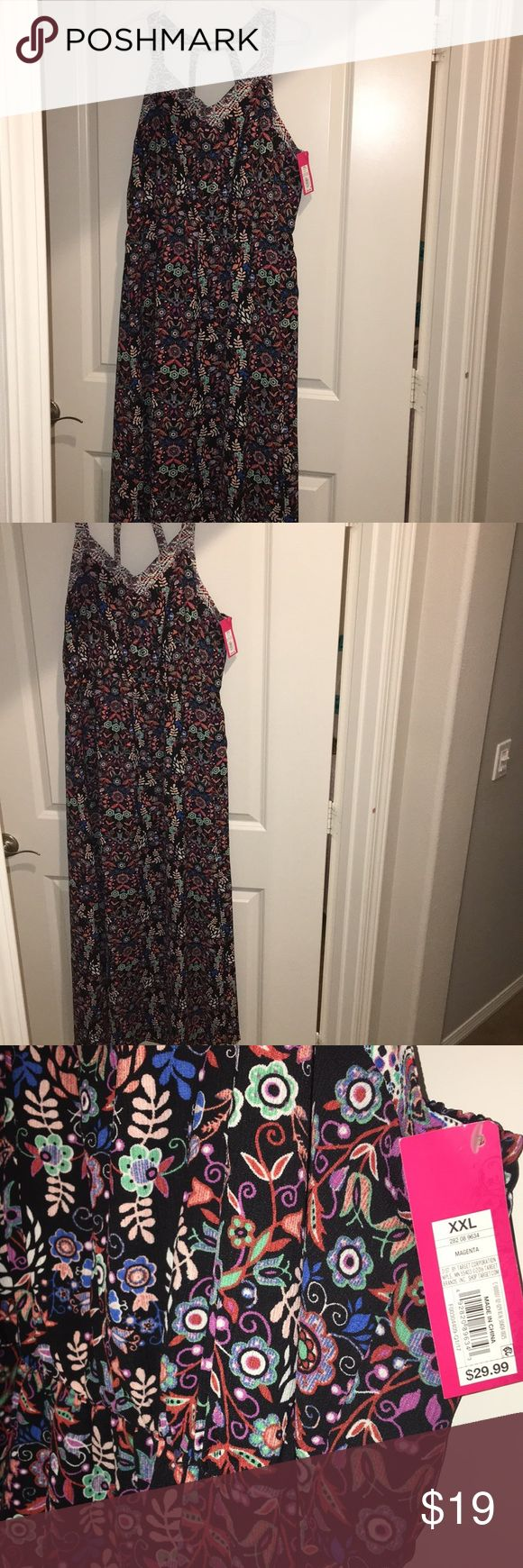 NWT target maxi dress Long dress with cross crossing in the back. Pretty floral dress. Never used or worn Xhilaration Dresses Maxi