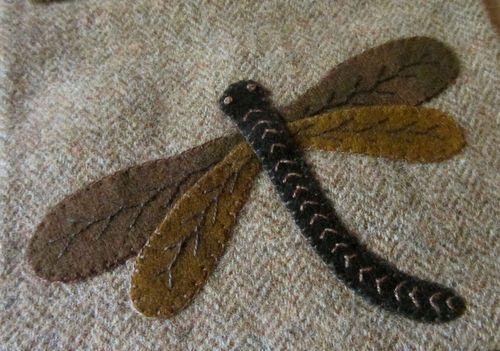 Prim Wool Applique Embroidered Dragonfly Sewing Pocket Needlebook Pinkeep PRHG | eBay