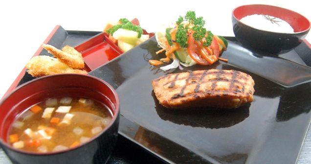 SALMON BATAYAKI, served with Japanese rice, fresh salad, miso shiru, ebi tempura & fresh fruits.