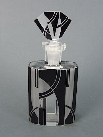 Art Deco Scent Bottle: Palda