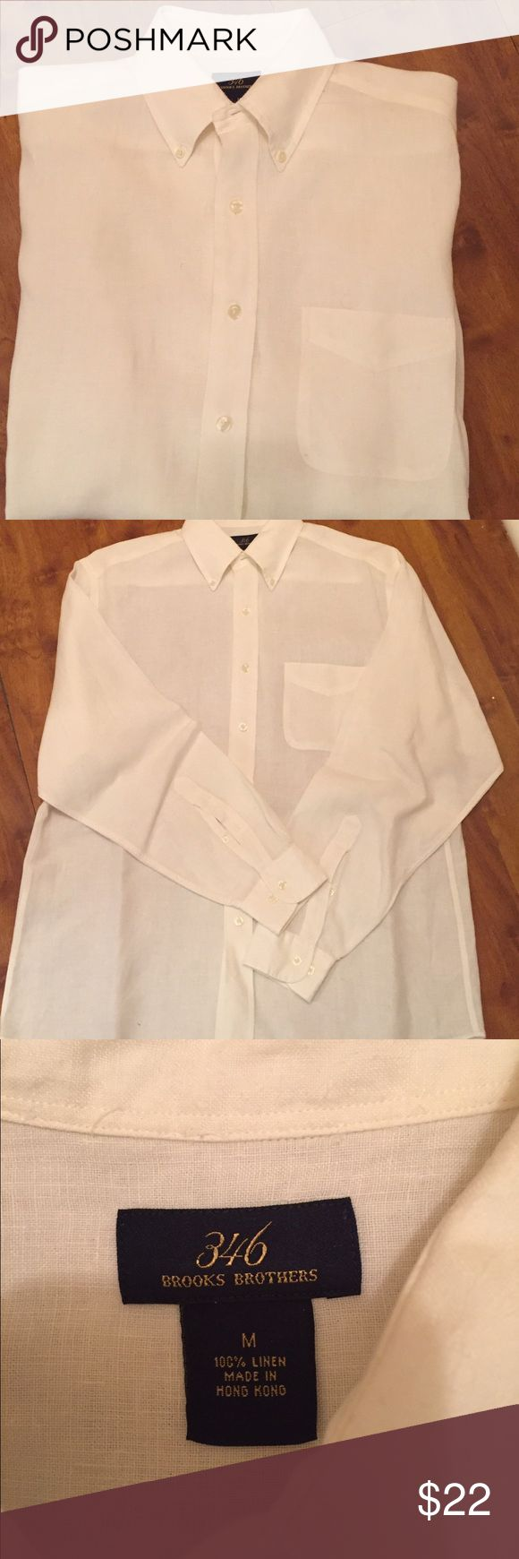 Brooks Brothers 346 button down White Brooks Brothers button down. In new excellent condition. Size m Brooks Brothers Shirts Casual Button Down Shirts