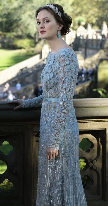 Blair's blue wedding dress and silver leaf headband on the Gossip Girl finale