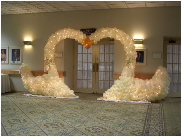 19 best outdoor and indoor wedding decor ideas images on pinterest swan balloon arch for wedding reception junglespirit Image collections