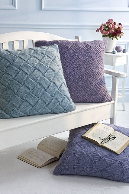 Knitted Floor Cushion Patterns Free : 38 best images about knit pillows on Pinterest Purple hands, Pillow covers and Old sweater