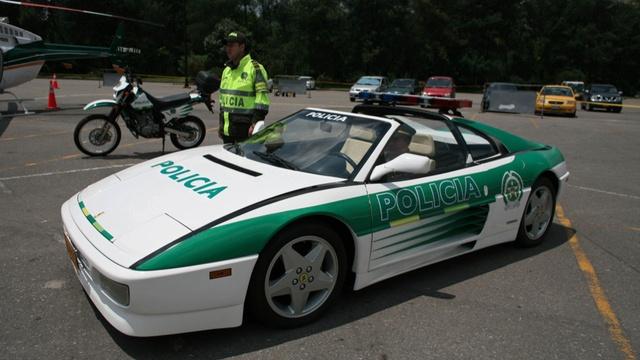 Ferrari 348 Targa - Policia Colombia Edition