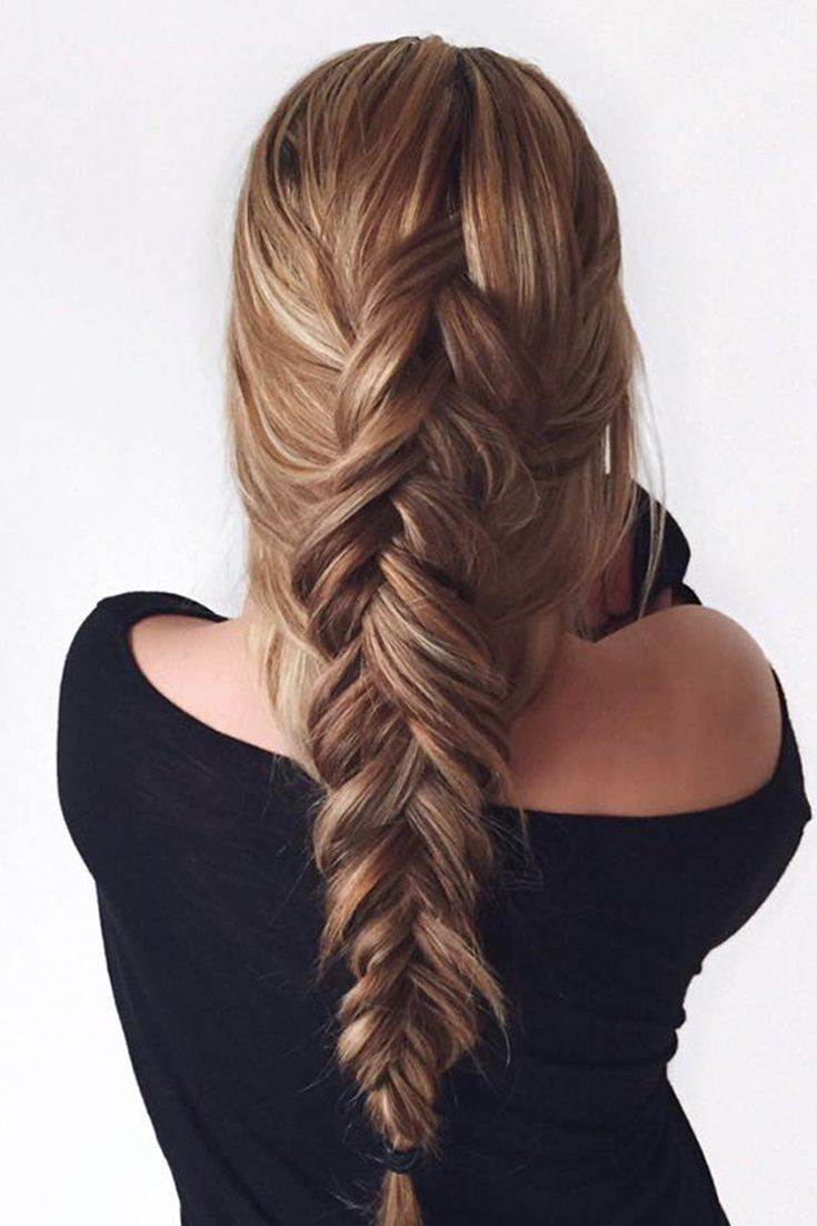 Loose fishtail braid.                                                                                                                                                                                 More