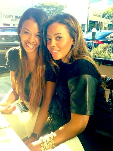 I love the simmons sisters.
