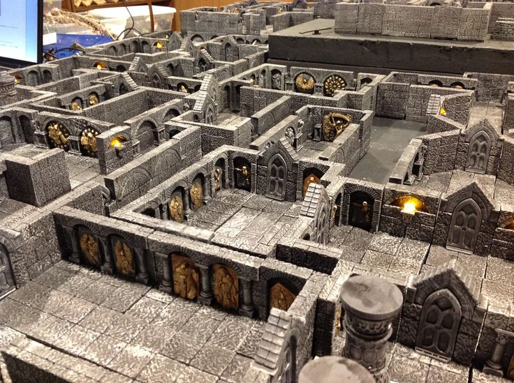 Custom gothic terrain I created for wargaming. Used Hirst Arts pieces for the masters, and Scibor extras for the archway details on some of them.