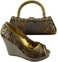 Nueva Astilla Los Zapatos y Bolso Conjunto Decorado con Diamantes de Imitación de Alta Calidad Zapatos a juego y Conjunto de Bolsas Niegerian Zapatos y el Bolso para Las Mujeres(China (Mainland))