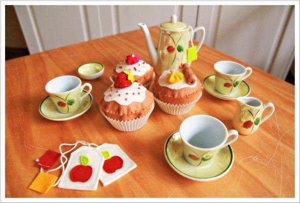 Mit Nadel und Faden: Tea Time
