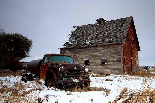 Oltmann's Barn in winter, Idaho Falls, Idaho   Flickr - Photo Sharing!