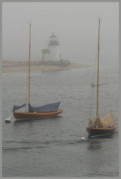 MassachusettsNantucket Beach, Fish Boats, Sea Mists, Fogchristma Holiday, Misty Day, Christmas Holiday, Misty Mornings, Brant Point, Foggy Beach