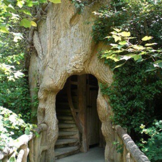 I Would Love This To Be The Entrance To My Dream House.Entrance To Treehouse,  Chaumont Sur Loire, France