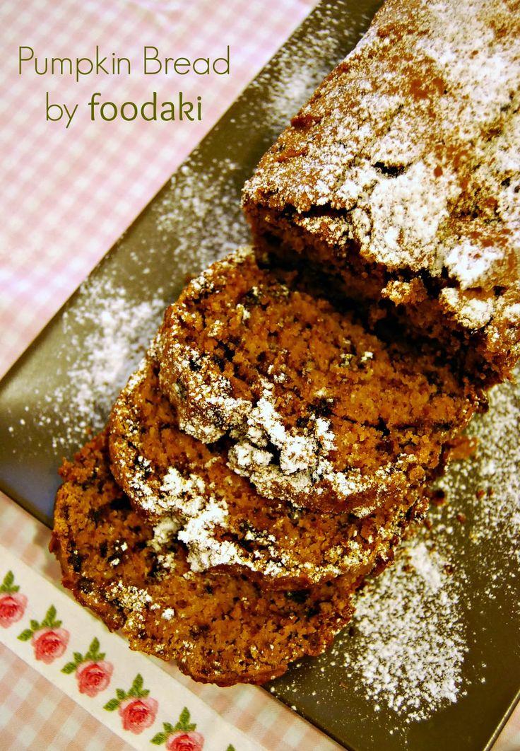 Pumpkin cake with Chocolate and Walnuts - Γλυκό ψωμί κολοκύθας με σοκολάτα και καρύδια