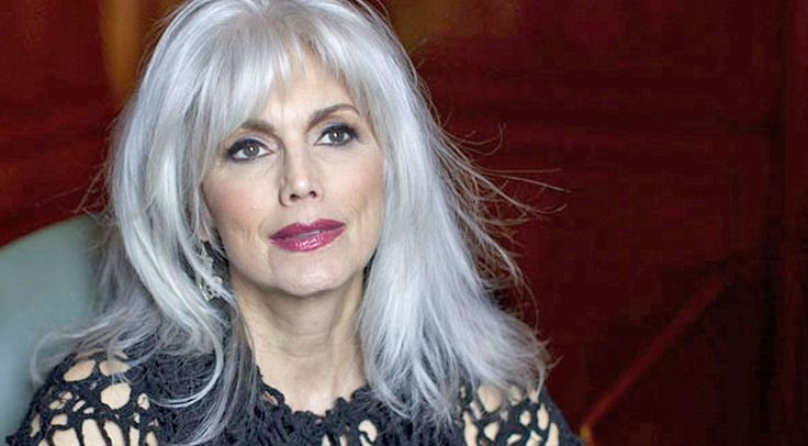 Emmylou Harris has been singing for over 40 years, and is considered an musical icon. She has been named as an influence for...