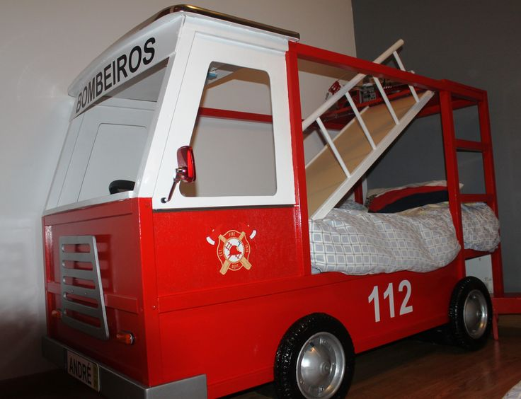 Cama Carro de Bombeiros a partir de cama Kura do Ikeia - Kura Ikea Hack Fire Truck bed | As ...