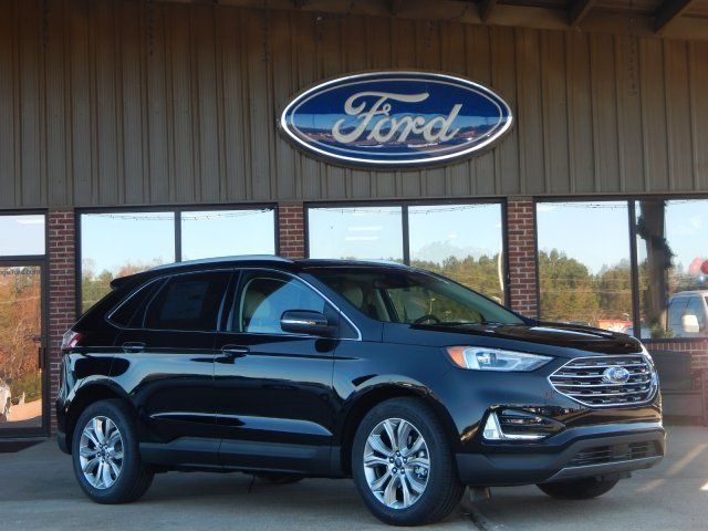 You Need This Sporty 2019 Ford Edge Titanium With A 2 0 Liter Eco