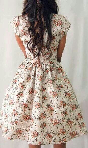 50s style floral prom dress, 50s bridesmaid dress, short sleeved floral date dress, rehearsal dinner dress, floral graduation dress