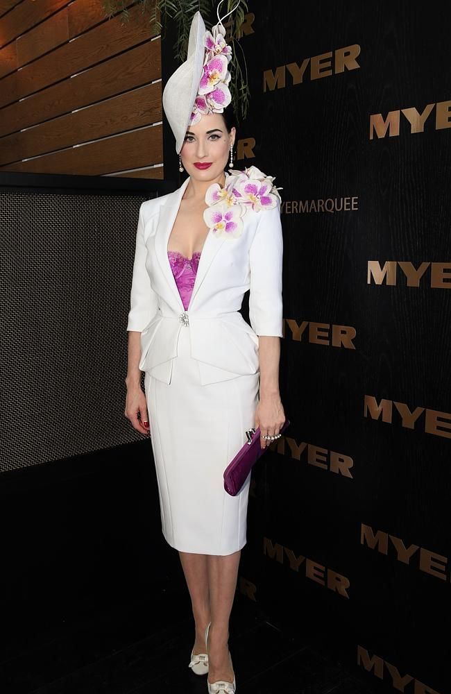 Artist Dita Von Teese joined the A-list judging panel at Myer Fashions on the Field yesterday as Flemington's finest revelled in the flamboyancy of the Melbourne Cup. Love the pearls on her ring and earrings!