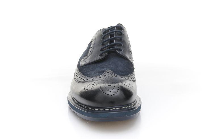 http://www.zorilestore.ro/pantofi-casual-barbati-clarks-kenley-limit-m-261206_77