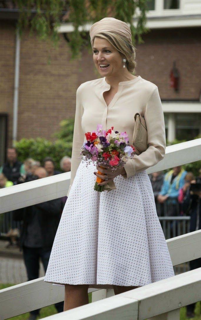 MYROYALS &HOLLYWOOD FASHİON: King Willem-Alexander and Queen Maxima Visit the Region of Achterhoe