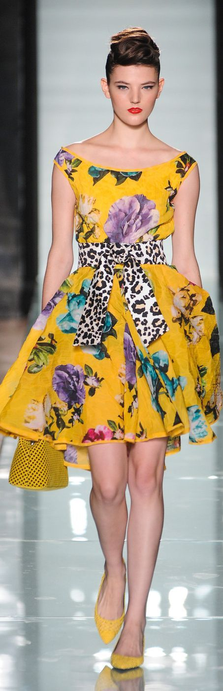 Roccobarocco Spring 2014 RTW  -  prefer a different belt though.