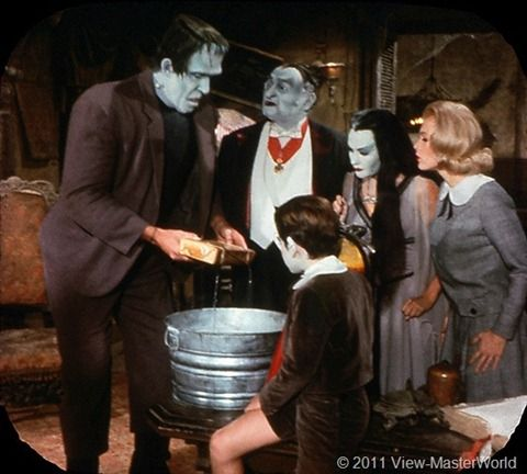 View-Master The Munsters (B481), Scene 3