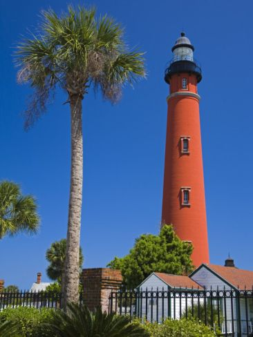 Ponce Inlet Lighthouse, Daytona Beach, Florida, United States of America, North America, this lighthouse is between Daytona Beach and New Smyrna Beach, FL