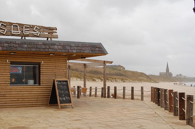 Crushes beach cafe