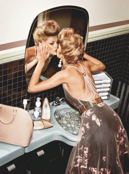 loving yourself: Kiss, Fashion, Mirror Mirror, Style, Backless Dresses, Beautiful, Mirrormirror, The Dresses, Hair