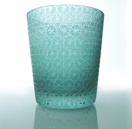 Kiriko glass  喜久繋文切子AQUA