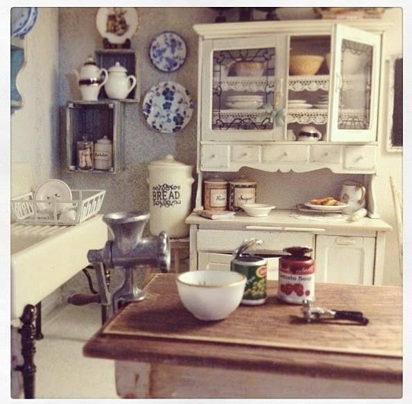 Top 131 Ideas About Dollhouse Kitchen On Pinterest