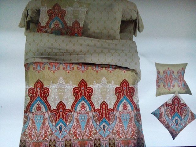 Soft Fabric Multicolour double Bedsheet from Urban Buy
