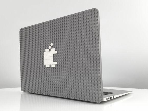 iPhoneやiPad向けにはLEGO社公式のケースが販売されており、人気を集めていますが、非公式ながらLEGO調のMacBook Pro/AirケースがクラウドファウンディングサイトK