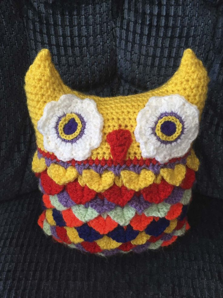 This is my finished Owl Cushion.