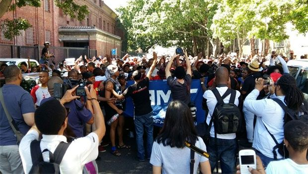 LIVE: Heavy police presence at court for arrested protesters | News24