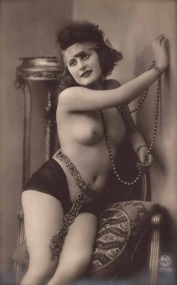 Nude women of the past 15